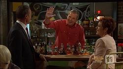Paul Robinson, Karl Kennedy, Susan Kennedy in Neighbours Episode 7137
