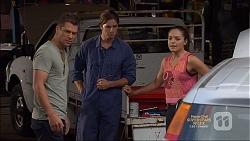 Mark Brennan, Tyler Brennan, Paige Novak in Neighbours Episode 7137