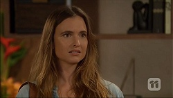 Amy Williams in Neighbours Episode 7137