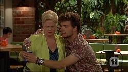Sheila Canning, Brett Holden in Neighbours Episode 7138