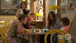 Sonya Mitchell, Naomi Canning, Amy Williams, Nell Rebecchi in Neighbours Episode 7138