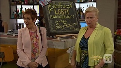 Susan Kennedy, Sheila Canning in Neighbours Episode 7138