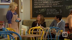 Lauren Turner, Terese Willis, Robin Dawal in Neighbours Episode 7139