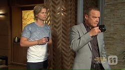 Daniel Robinson, Paul Robinson in Neighbours Episode 7139