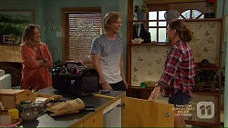 Sonya Mitchell, Daniel Robinson, Amy Williams in Neighbours Episode 7139