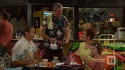 Toadie Rebecchi, Karl Kennedy, Susan Kennedy, Nell Rebecchi in Neighbours Episode 7140