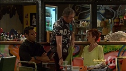 Nate Kinski, Karl Kennedy, Susan Kennedy in Neighbours Episode 7141