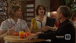 Daniel Robinson, Naomi Canning, Paul Robinson in Neighbours Episode 7142