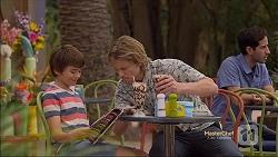 Jimmy Williams, Daniel Robinson in Neighbours Episode 7143