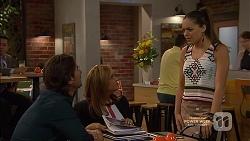 Brad Willis, Terese Willis, Paige Smith in Neighbours Episode 7146