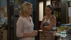 Lauren Turner, Paige Smith in Neighbours Episode 7146