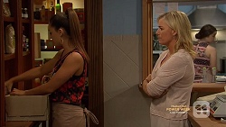 Paige Novak, Lauren Turner in Neighbours Episode 7147