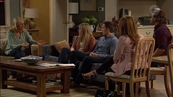 Lauren Turner, Amber Turner, Josh Willis, Terese Willis, Brad Willis in Neighbours Episode 7153