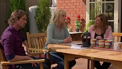 Brad Willis, Lauren Turner, Terese Willis in Neighbours Episode 7153