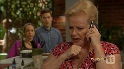 Imogen Willis, Josh Willis, Sheila Canning in Neighbours Episode 7154