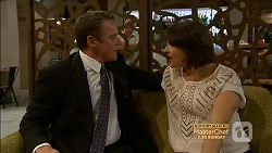 Paul Robinson, Naomi Canning in Neighbours Episode 7155