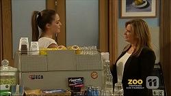 Paige Novak, Terese Willis in Neighbours Episode 7158