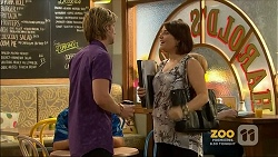 Daniel Robinson, Naomi Canning in Neighbours Episode 7159