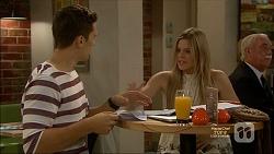 Josh Willis, Amber Turner in Neighbours Episode 7160