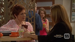 Susan Kennedy, Terese Willis in Neighbours Episode 7162