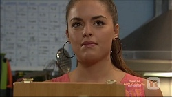 Paige Novak in Neighbours Episode 7162