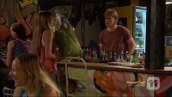 Amber Turner, Daniel Robinson in Neighbours Episode 7163