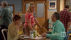 Susan Kennedy, Lauren Turner, Karl Kennedy in Neighbours Episode 7164