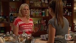 Lauren Turner, Paige Novak in Neighbours Episode 7165