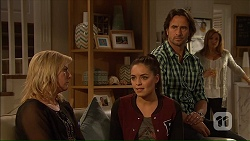 Lauren Turner, Paige Novak, Brad Willis, Terese Willis in Neighbours Episode 7167