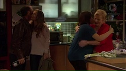 Paul Robinson, Amy Williams, Naomi Canning, Sheila Canning in Neighbours Episode 7169