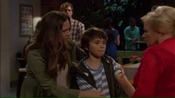 Amy Williams, Jimmy Williams, Sheila Canning in Neighbours Episode 7169