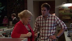 Sheila Canning, Kyle Canning in Neighbours Episode 7170