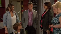 Amy Williams, Jimmy Williams, Paul Robinson, Naomi Canning, Sheila Canning in Neighbours Episode 7170
