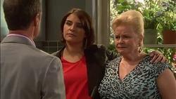 Paul Robinson, Naomi Canning, Sheila Canning in Neighbours Episode 7170