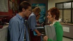Ben Kirk, Susan Kennedy in Neighbours Episode 7177