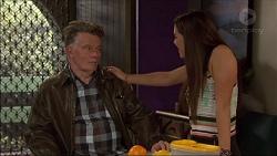 Russell Brennan, Paige Novak in Neighbours Episode 7179