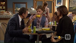 Paul Robinson, Daniel Robinson, Naomi Canning in Neighbours Episode 7181