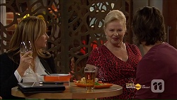 Terese Willis, Sheila Canning, Brad Willis in Neighbours Episode 7181