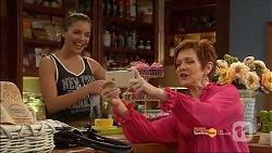 Paige Novak, Susan Kennedy in Neighbours Episode 7182