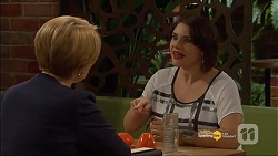 Sue Parker, Naomi Canning in Neighbours Episode 7182