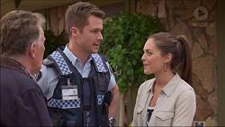 Russell Brennan, Mark Brennan, Paige Novak in Neighbours Episode 7183