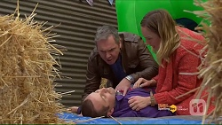 Karl Kennedy, Toadie Rebecchi, Sonya Mitchell in Neighbours Episode 7187
