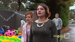 Susan Kennedy, Naomi Canning, Kyle Canning in Neighbours Episode 7187