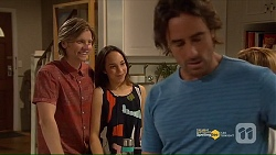 Daniel Robinson, Imogen Willis, Brad Willis in Neighbours Episode 7187