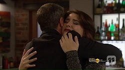 Paul Robinson, Naomi Canning in Neighbours Episode 7187