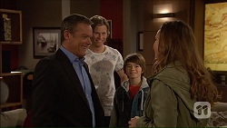 Paul Robinson, Daniel Robinson, Jimmy Williams, Amy Williams in Neighbours Episode 7188