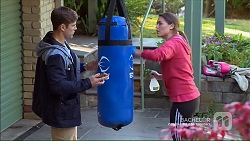 Aaron Brennan, Paige Novak in Neighbours Episode 7189