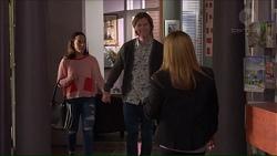 Imogen Willis, Daniel Robinson, Terese Willis in Neighbours Episode 7190