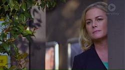 Lauren Turner in Neighbours Episode 7192