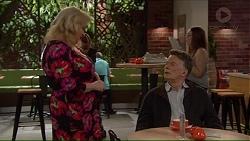Sheila Canning, Russell Brennan in Neighbours Episode 7192